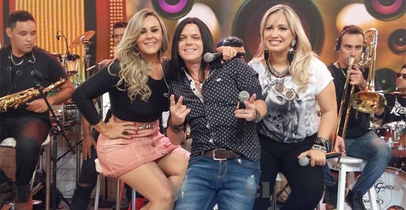 Calcinha Preta faz primeira aparição na TV com nova formação