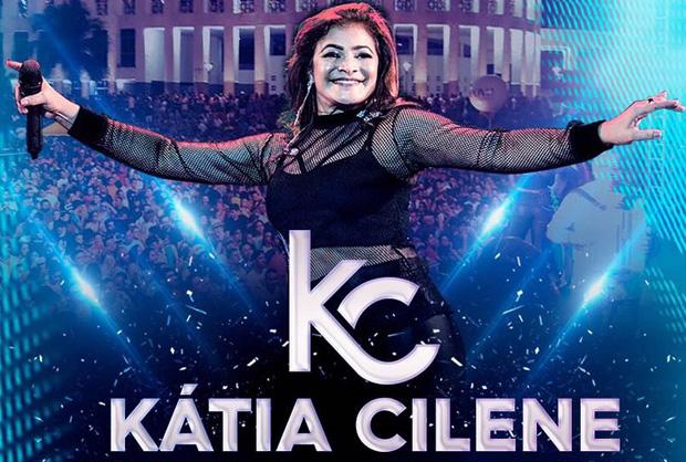 Kátia Cilene divulga na íntegra o 1º DVD da sua carreira solo