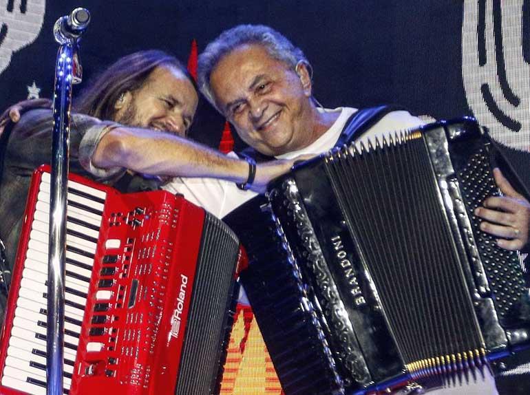 Dorgival Dantas grava DVD e recebe convidados especiais Concha Acústica em Salvador