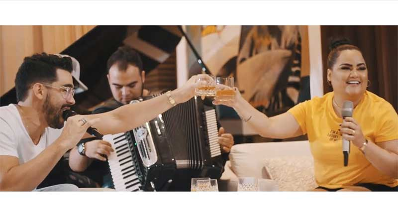 Gabriel Diniz feat. Mara Pavanelly faz releitura clássicos forrozeiros no Projeto 'Live Uma Dose com GD'