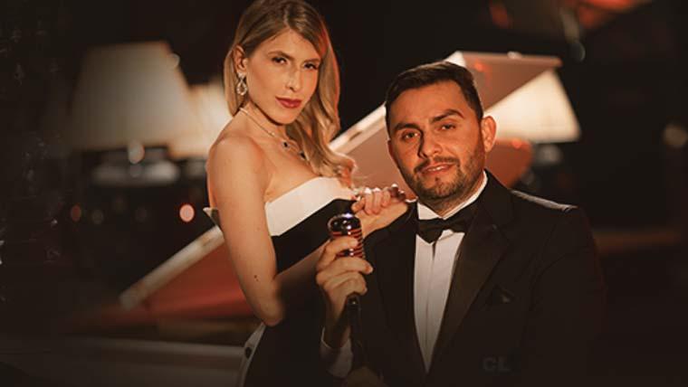 Acompanhado da pianista clássica Juliana D'Agostini, Mano Walter chega com 'Avião de Papel'