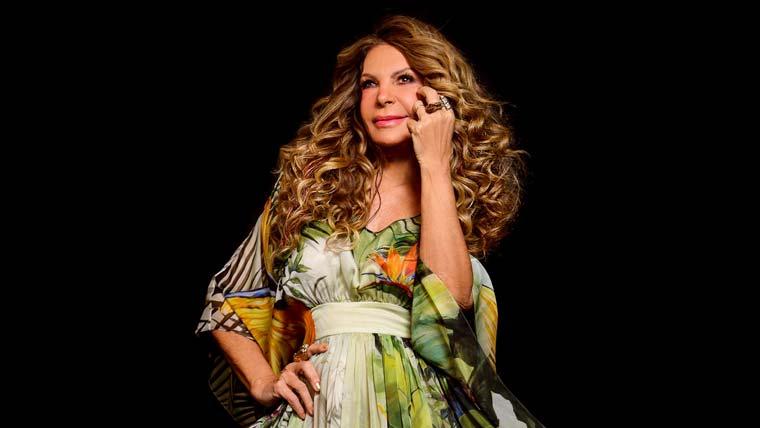 """Elba Ramalho lança novo álbum """"Eu e Vocês"""""""